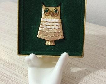 Never Worn Vintage AVON Green Eyed Jewelled Owl Brooch