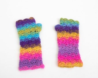 Crochet fingerless gloves  in rainbow colors
