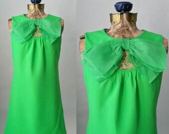 20% OFF Vintage 1960s Green Mini Mod Retro Dress, Small to Medium Size