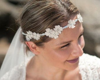 flower halo Headpiece And Sash, blush bridal sash, blush wedding headpiece, wedding sash, bridal headband, Hpb170659-p