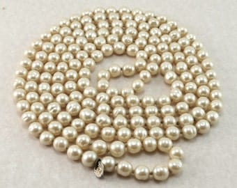 "Authentic CHANEL Vintage 1981 Gripoix Poured Glass Pearl Bead Necklace 64"" Opera Length"