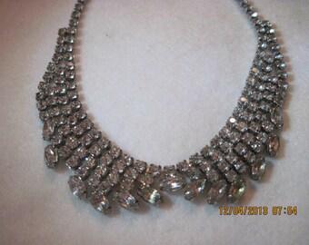 Vintage STUNNING Austrian Crystal Collar/Bib Style Necklace ...#5907....ESTATE ITEM...40's.....Bridal Wear/Fabulous/Hollywood