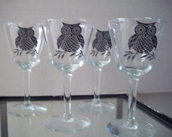Who said it's Cocktail Time?  Owl Glasses