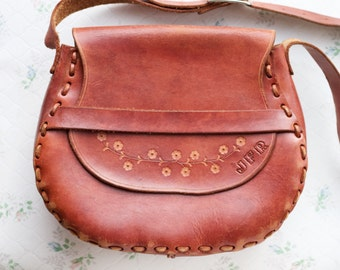 Classic Leather Satchel - 70s Handbag - seventies cross body Bag