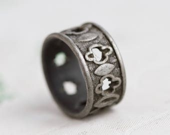 Gothic Ring Band - Pewter Wide Thumb Ring - Ring Size 10