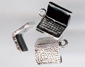 LAPTOP COMPUTER Charm. Rhodium Plated Zinc Alloy With Enamel Screen. 3D.
