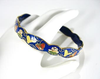 1970's Cloisonne Bangle Bracelet, Butterflies, Royal Blue, Scalloped Edges, Gold Tone Edge, Enameled Bangle, Chinese, Gift Idea, Excellent