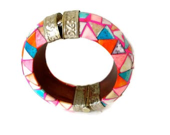 Vintage Chunky Bangle Multi Colored Inlaid Bone Thick Hinged Cuff Pin Closure 1960s