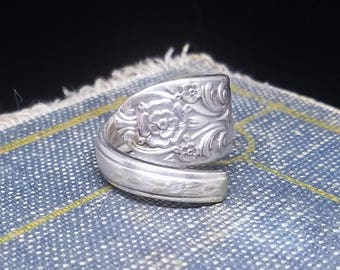 Size 7.5 Silver Spoon- Flowered Tip Design - Silver Spoon Jewelry - Silver Plated Spoon Ring - Silver Plated Ring
