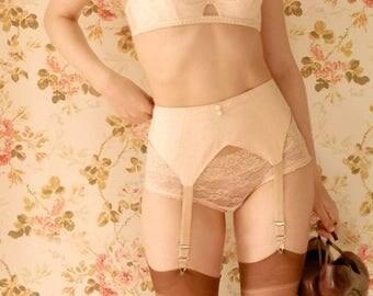 1930s Peach Suspender Belt/Garter Belt. Handmade. U.K Sizes 6,8,10,12,14,16