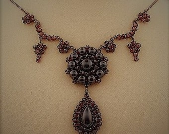 Lavish Garnet Necklace