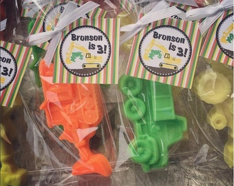 10 CONSTRUCTION SOAPS {Favors} - Construction Party, Tractor Soap, Digger, Bulldozer Favors, Loads of Fun, Vehicle Soap, Transportation