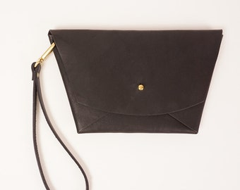Black leather geometric clutch | EMMA