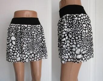 Dotted Dress, Shirt Extender Black White Tiered Ruffle Dress Extender Half Slip Skirt Extender Slip Extender dance skirt, boho modern Beach