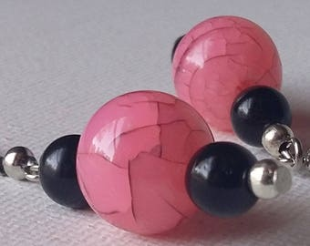 Pink Crackle and Black Glass Pearl Earrings