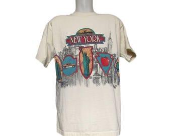 Vintage NY T-Shirt // Vintage Tourist T-Shirt  // Vintage 90s T shirt // NY Cityscape // New York Skyline // Big Apple // XL