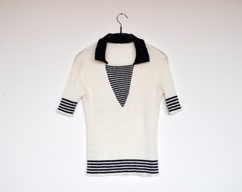Vintage Off White and Navy Geometric Stretchy Knitted Sailor Top Short Sleeved Jumper