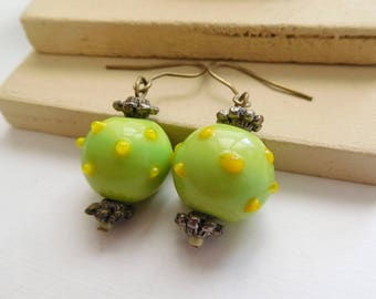 Retro Vintage Lime Green Lemon Yellow Art Glass Silver Tone Bead Dangle Earrings