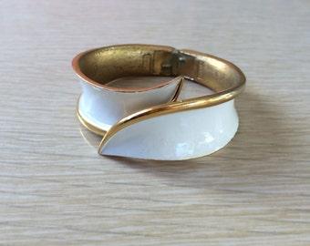 50s Trifari White Enamel Cuff • Vintage Mid Century Bracelet • Gold Tone Cuff • Spring Hinge Cuff • Trifari Crown • 1950s Costume Jewelry