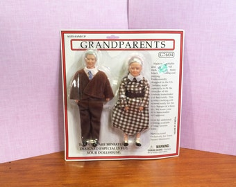 Vintage Dollhouse Miniatures 1:12 - Grandma and Grandpa, Or Old Lady and Old Man