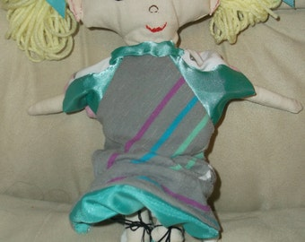 Story, a rag doll with two sides