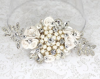 Bridal Hair Accessory- Wedding Hairpiece- Rhinestone & Pearl Bridal Comb-Bridal Hairpiece-Off white bridal comb-Floral Haircomb-Brass Boheme