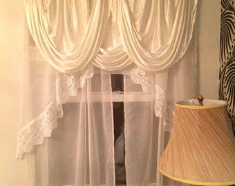 CLEARANCE!! Vintage Art Deco Satin and lace window covering / Art Deco Satin Drape