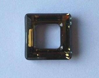 1 SWAROVSKI 4439 Cosmic Square Crystal 20mm DORADO