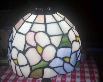 vintage stain glass lamp flower pattern pastel colors with metal stand night lamp table lamp