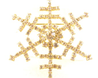 Rhinestone Brooch Snowflake In Sparkling Clear Crystals Silvery Metals Let It Snow