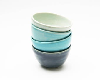 Set of 4 Bowls - Pale Blue, Turquoise, Light Turquoise and Dark Blue