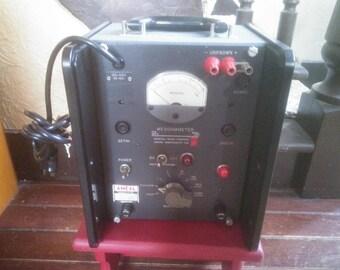 Megohmmeter - Vintage Electronics - Megger - Vintage Megohmmeter