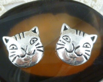 Cat Kitten Bead, Two Sided, Antiqued Silver (6) - S136