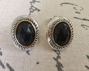 Vintage cut onyx cabachon earrings