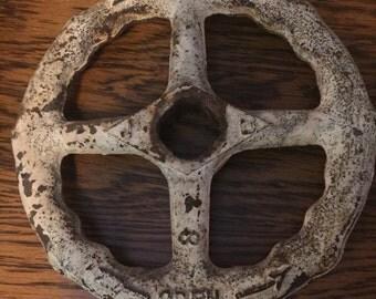 Fantastic Cast Open-Shut Industrial Wheel