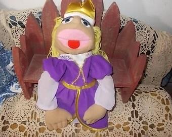 Miss Piggy, Hand Puppet,Princess Miss Piggy, Muppets, Miss Piggy,Sesame Street, Vintage Toys,