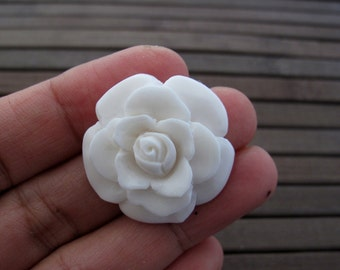 Intricate carved flower from Buffalo bone, Jewelry making supplies B6429