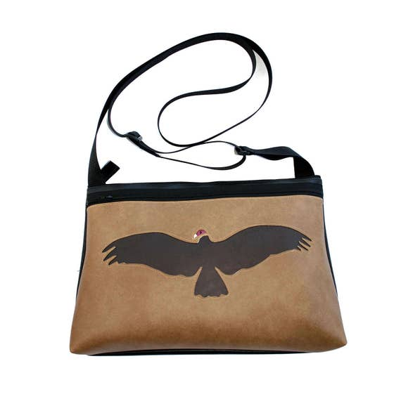 Vulture, tan vinyl, medium crossbody, vegan leather, zipper top