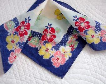 Ladies Hankie, Floral Hankie, Vintage Accessory, Vintage hankie, Handkerchief, Easter hankie, Mother's Day, 1950s hankie, Ladies accessory,