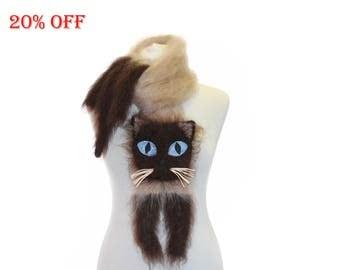 SALE 20 % OFF / Siamese cat  Knitted Scarf / Fuzzy Soft Scarf / biege brown scarf /  animal scarf / Cat Breed Scarf / custom pet portrait