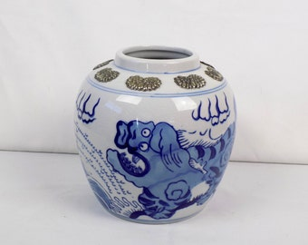Chinoiserie Blue White Foo Shi Dog Lion Ginger Jar Urn Mid Century Chinese Decor - Applied Silver Asian Oriental Pottery Unique Vase