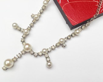 Rhinestone Pearl Necklace -Silver metal - Wedding Bride