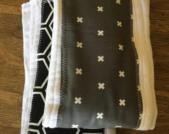 Burp Cloth baby gift (set of 2) - black and gray - modern baby