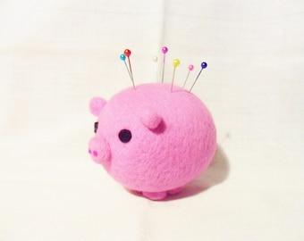 Needle Felted Pig Pin Cushion - 100% merino wool - felted pin cushion - felted pig - felt pin cushion