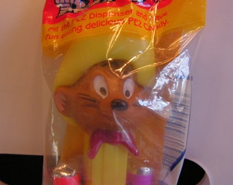 Pez Vintage Speedy Gonzales PEZ Candy Dispenser 1 with Feet US Patent Made in Hungary Sealed Package With Candy