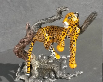 Exotic Hand Painted Jaguar Pewter Image Sculpture Statue Spirit Animal Totem Altar Piece Wild Cat Leopard Cheetah Collectible Artwork gift