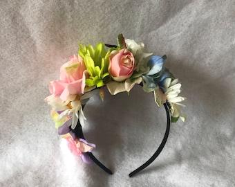 Frida Inspired Flower Hair Crown headpiece, Boho Flower Headband, Flower Floral Hair crown, Bridal Garden flower headpiece, Cinco de Mayo