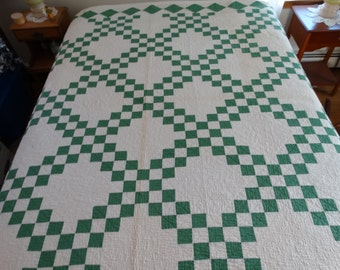 """Beautiful Vintage Handmade QUILT GREEN WHITE  88"""" x 82"""" Signed E.H.S. '36"""
