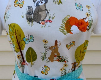 Ladies Reversible Woodland Animals Apron Women's Gift Hostess Gift Baker's Gift Spring and Summer Trends Animal Lovers Kitchen Gift