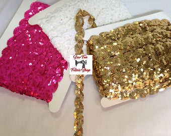 1 Inch Scallop Sequin Trim.  5 yards.  Great for costumes, dance, theater, pageant, crafts, home decor.